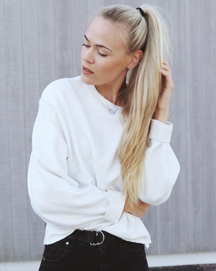 Jeanett Olsen _ Maria Black